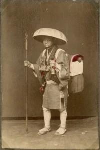 Japanese_pilgrim_(10797975193)